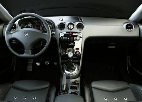 peugeot-308-rcz-concept-interior-1-lg.jpg