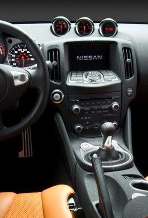 nissan-370z7.jpg