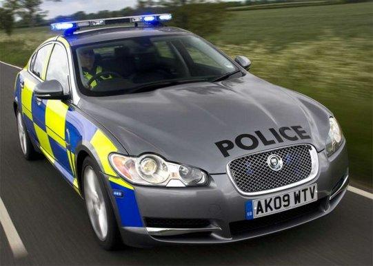 Policyjny Jaguar XF
