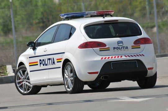policyjny-seat-leon-cupra-3
