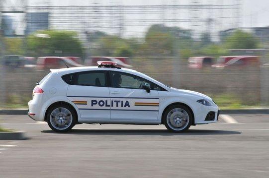 policyjny-seat-leon-cupra-4
