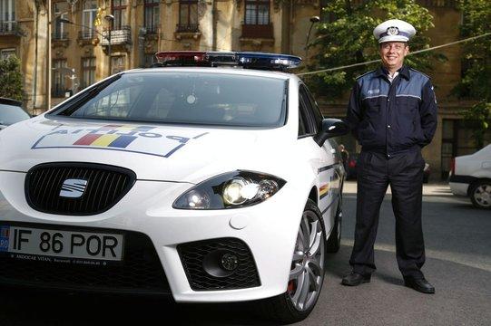policyjny-seat-leon-cupra-6