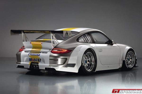 Porsche 911 GT3 RSR EVO